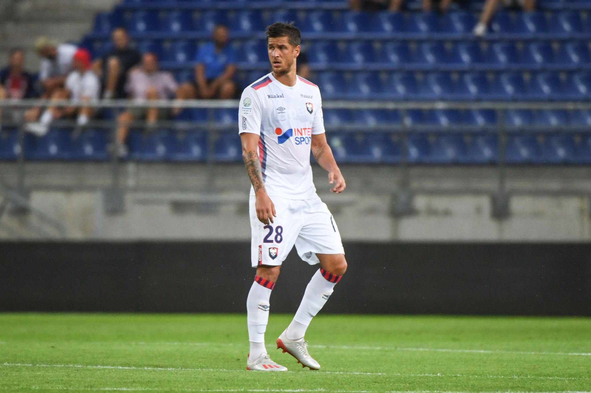 Rémy Riou incertain, Anthony Weber de retour face au Paris FC