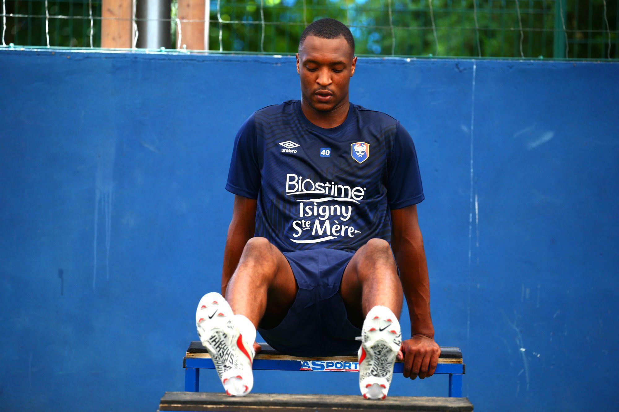 Marvin Golitin prêté une saison au Football Club 93