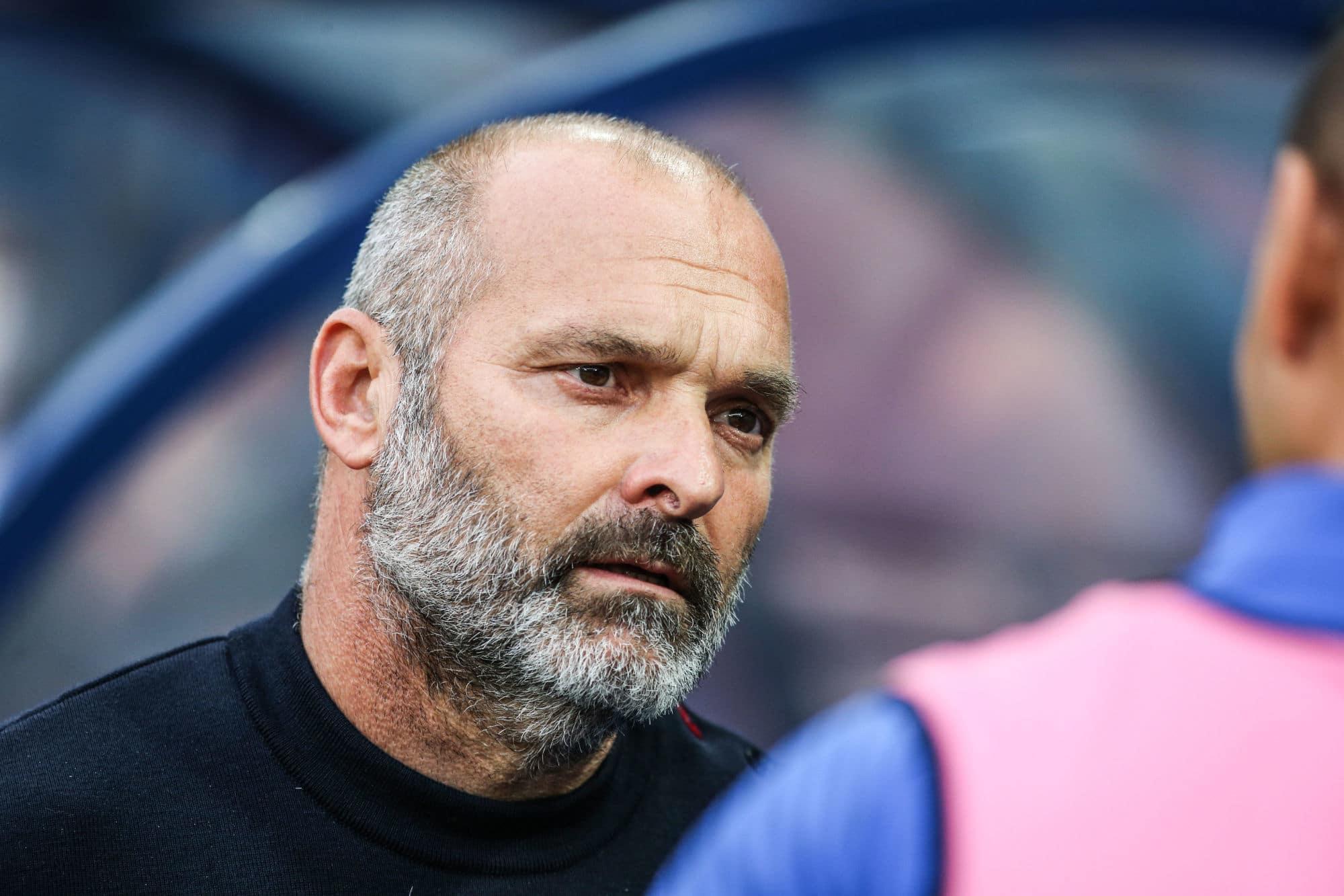 Pascal Dupraz : « L'objectif inavoué, c'est que Malherbe remonte en Ligue 1 » (Téléfoot)
