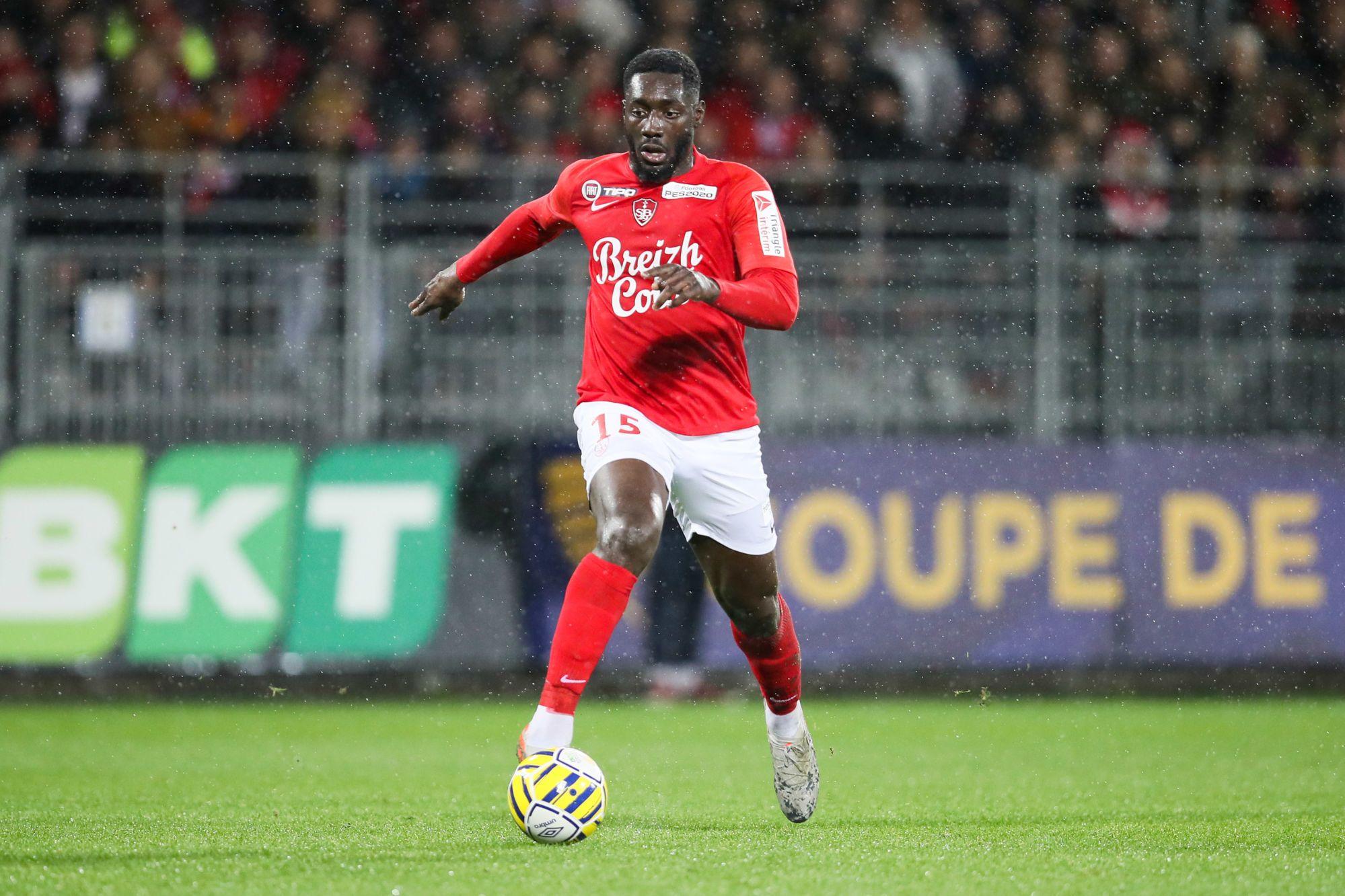 Malherbe en discussions avec Bordeaux pour Alexandre Mendy ? (Téléfoot)
