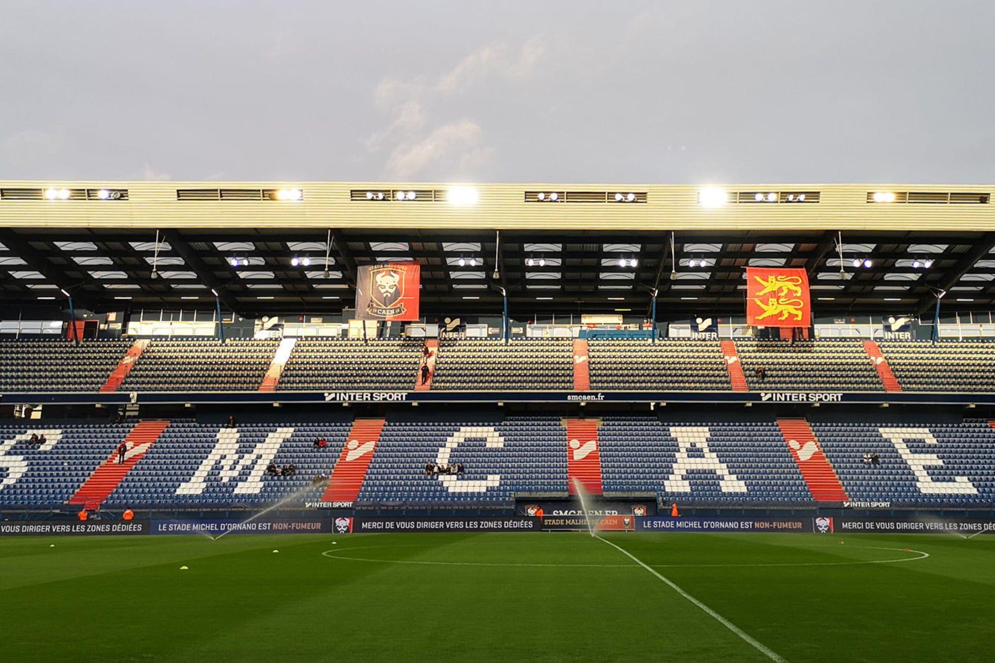 Covid-19 : la jauge d'accueil réduite à 1 000 personnes au stade d'Ornano