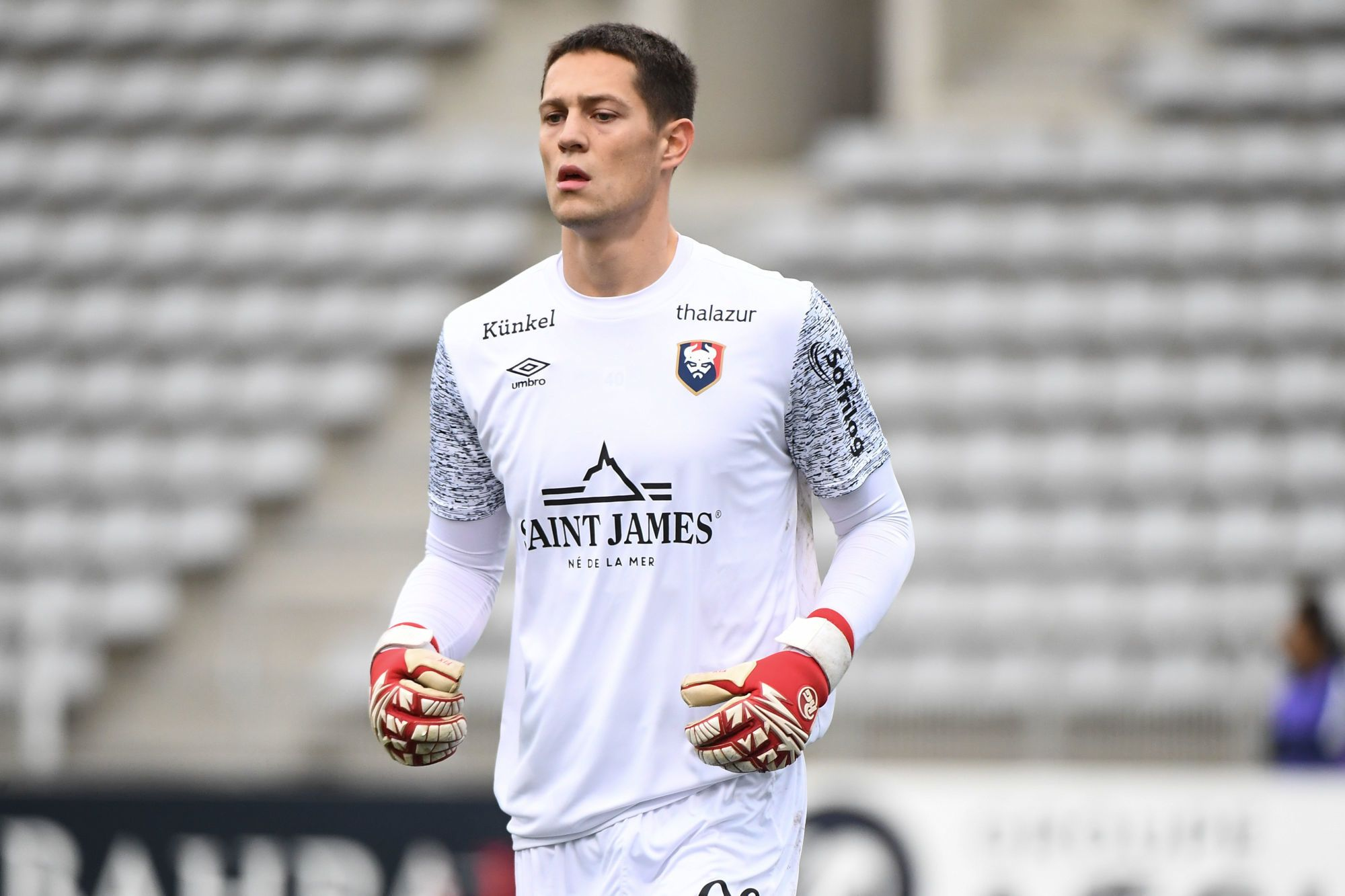[VIDEO] Sullivan Péan a sauvé Caen de la correction face à Guingamp