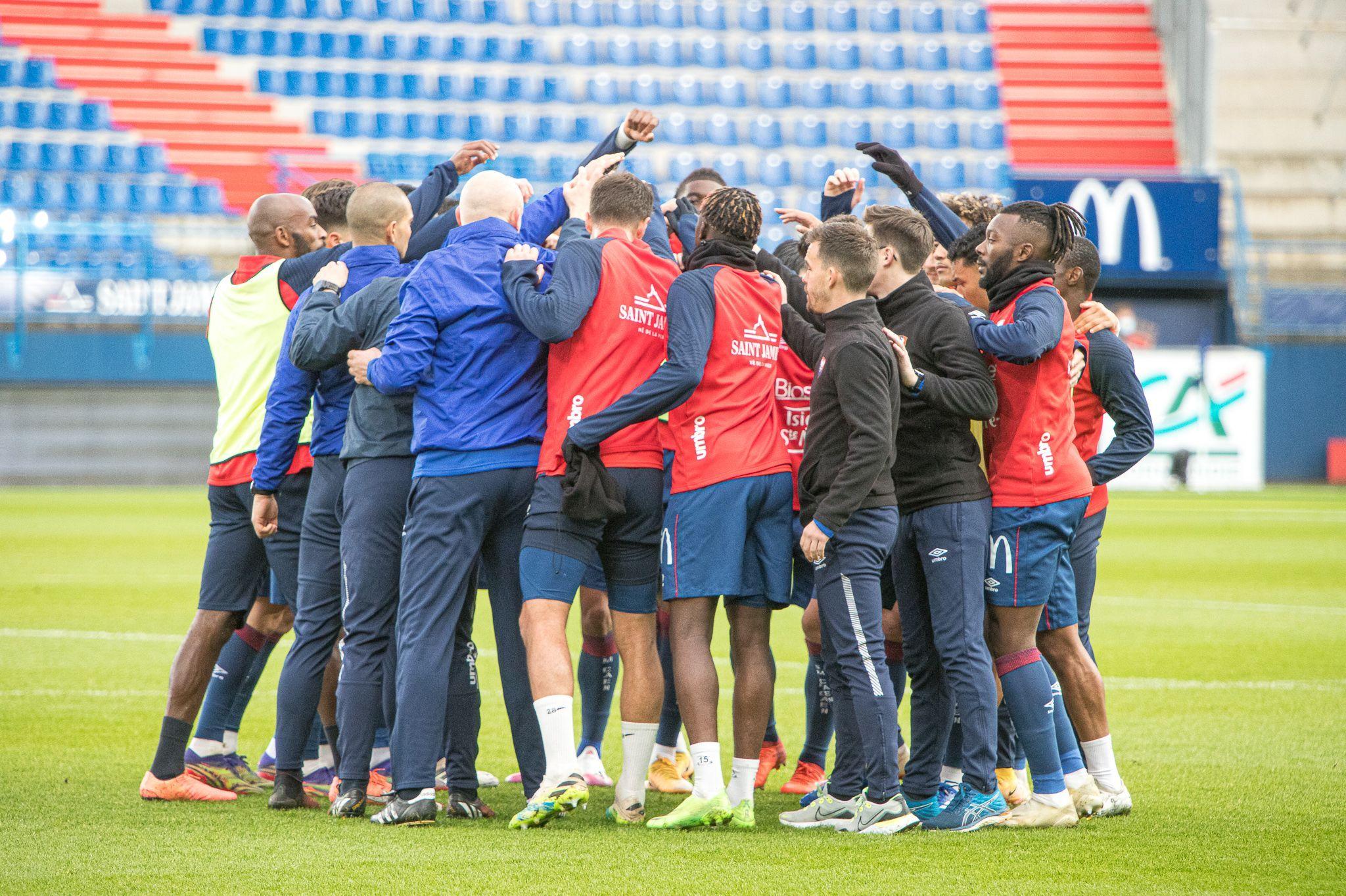 Après 17 matchs, où se situe Malherbe par rapport aux derniers promus en Ligue 1 ?