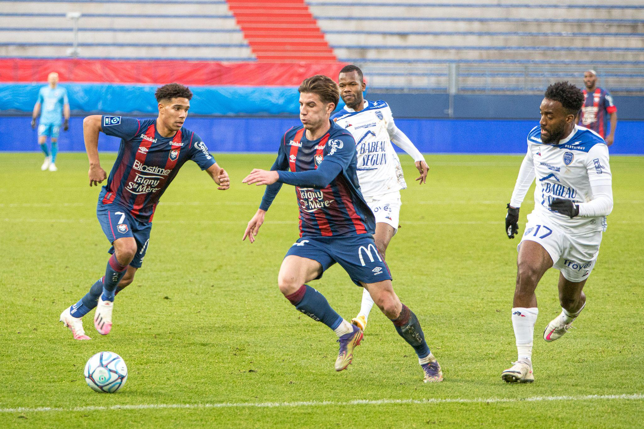 Nos photos du match nul entre le Stade Malherbe et Troyes (0-0)