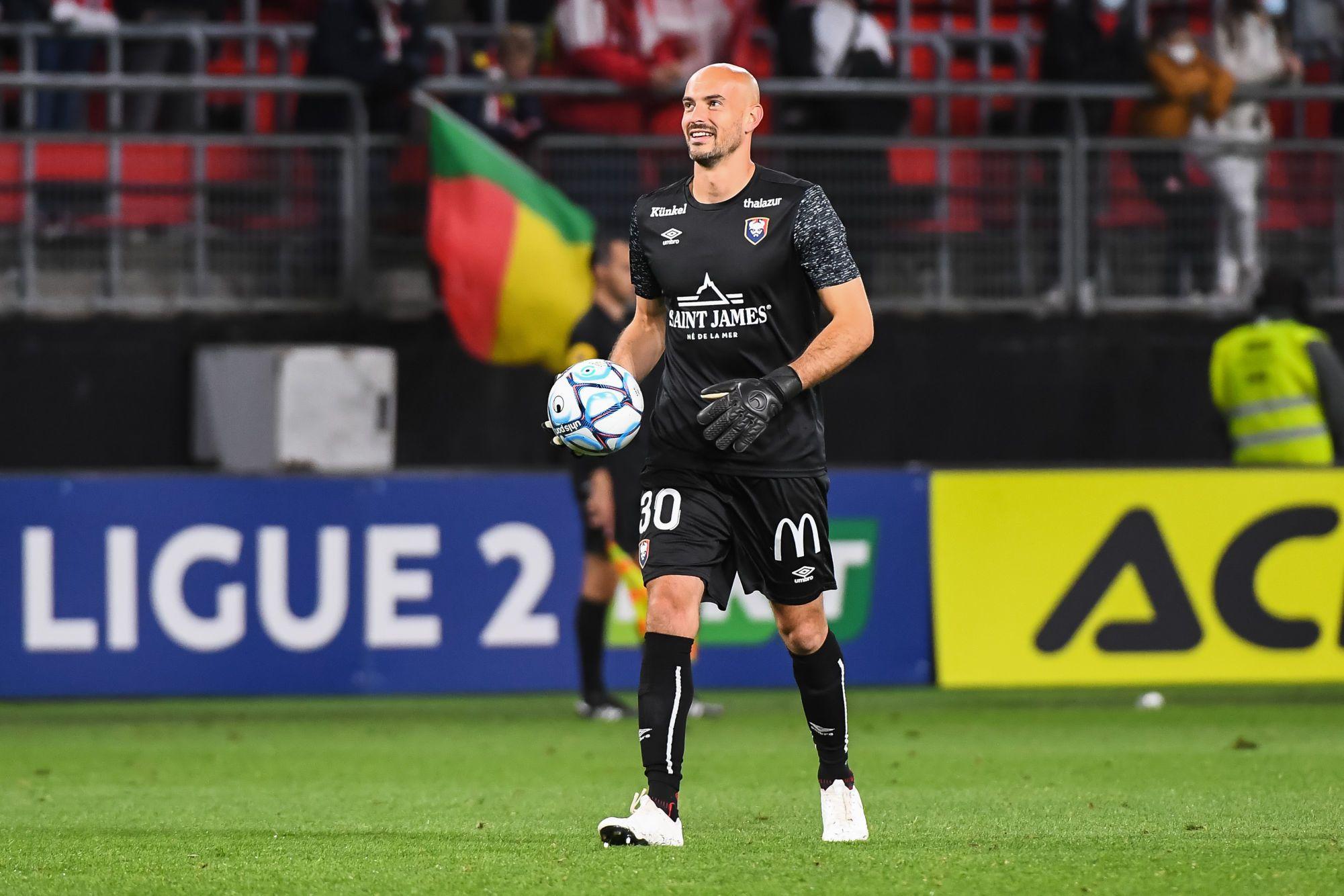 Rémy Riou de retour, Beka Beka suspendu : le groupe probable face à Auxerre