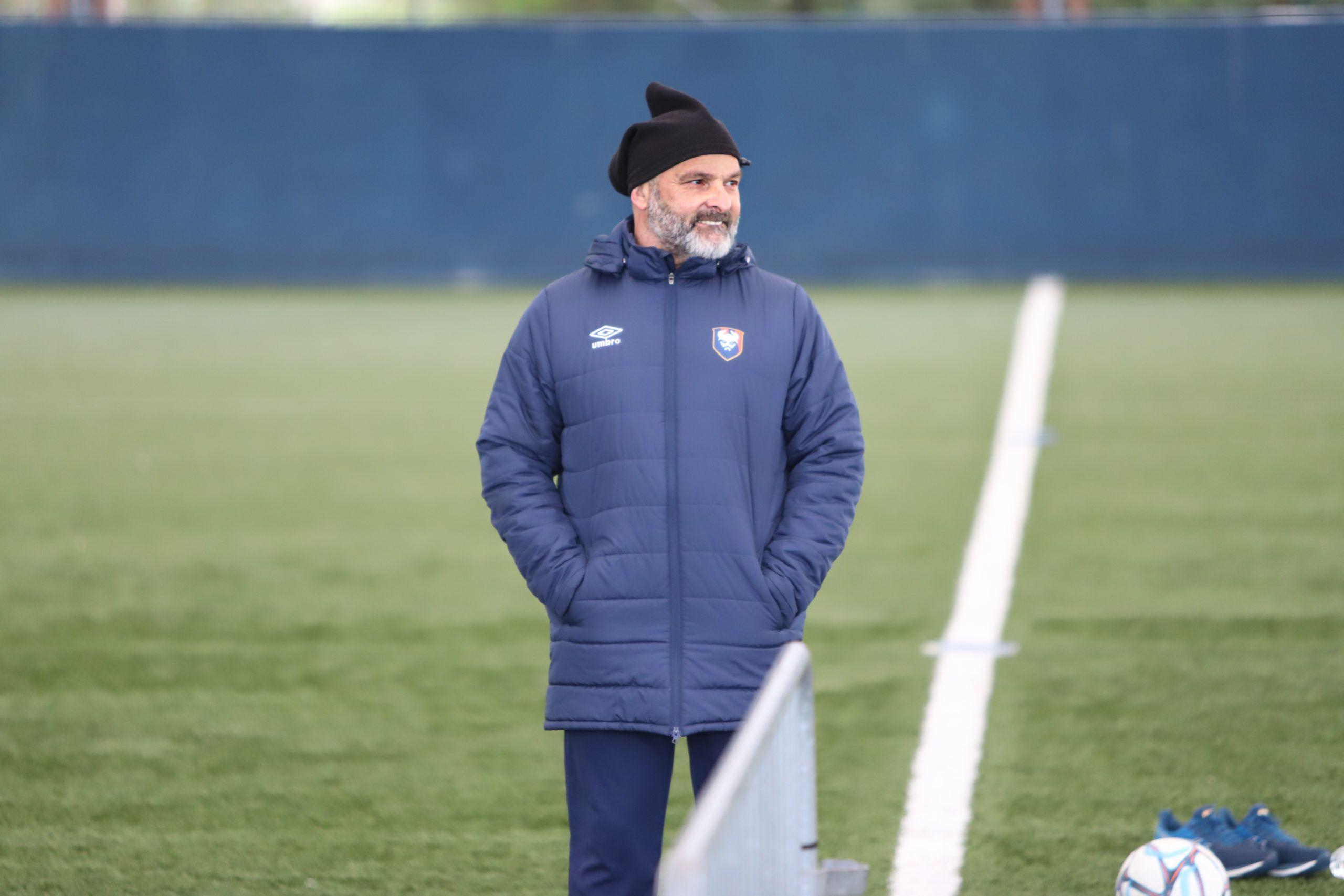 Pascal Dupraz avant Le Havre : « Laisser le souvenir du coach qui a gagné les deux derbys »