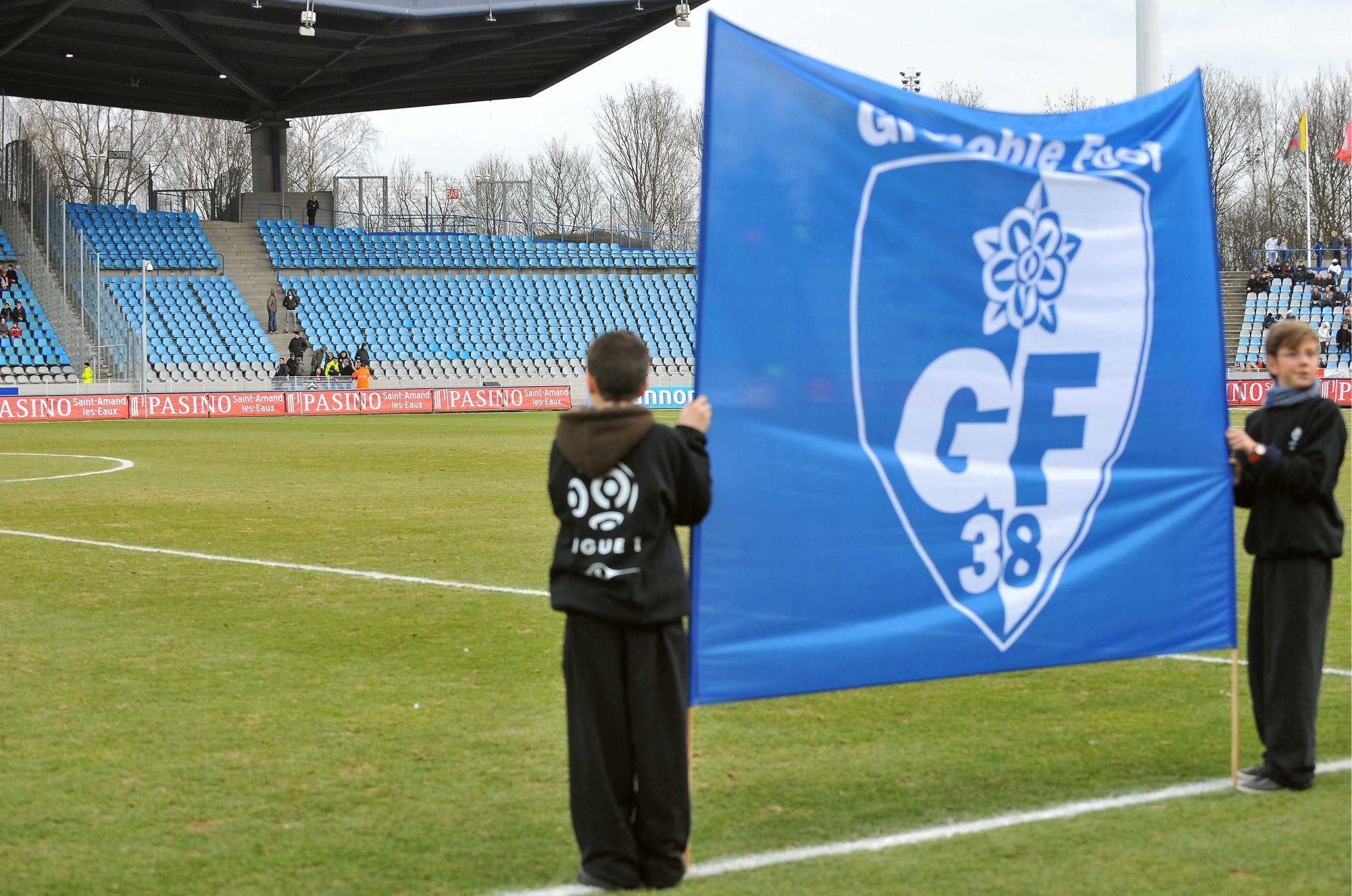 Le compte twitter du Grenoble Foot chambre les supporters caennais