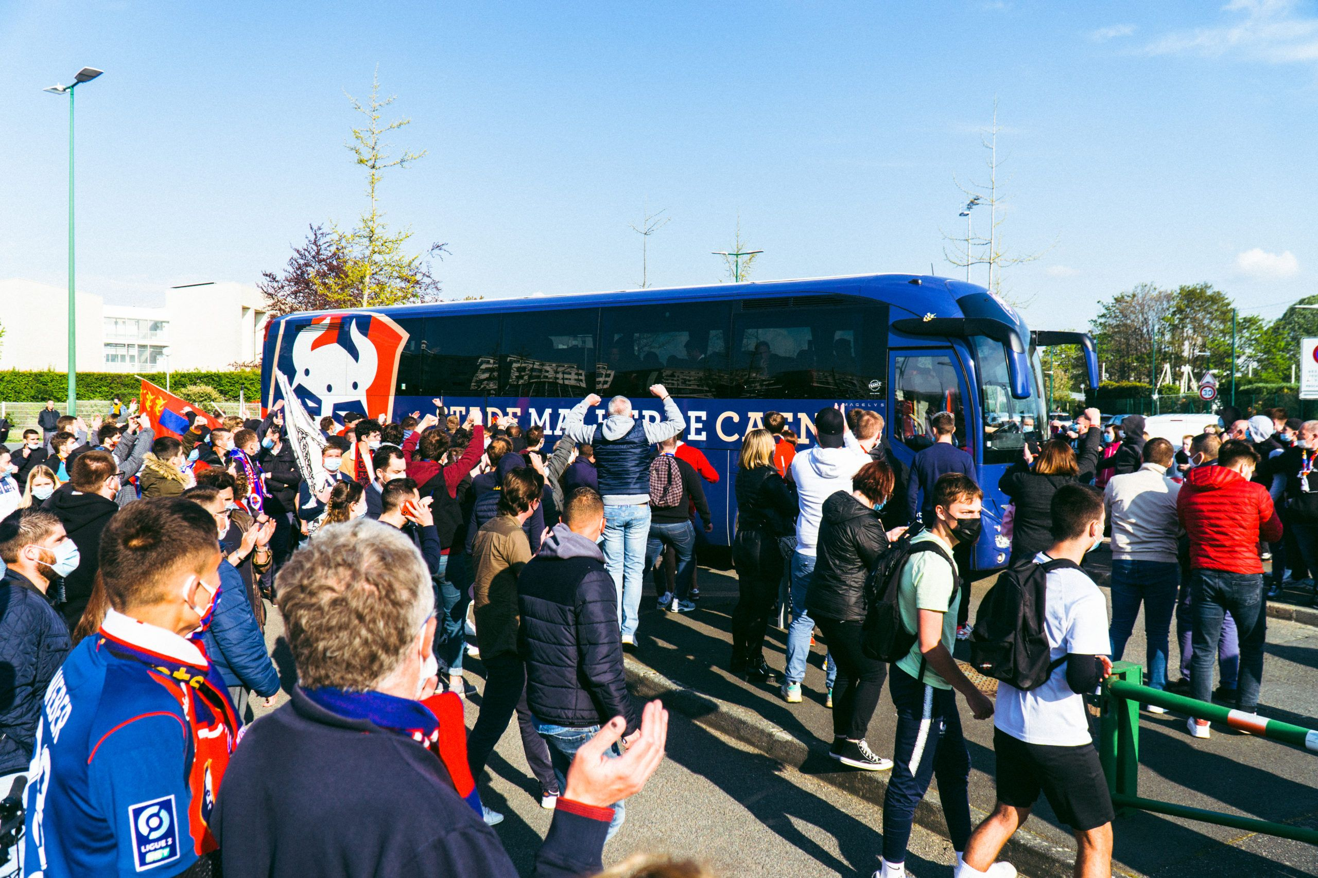 [Photos] Le rassemblement des supporters malherbistes avant Caen – Auxerre