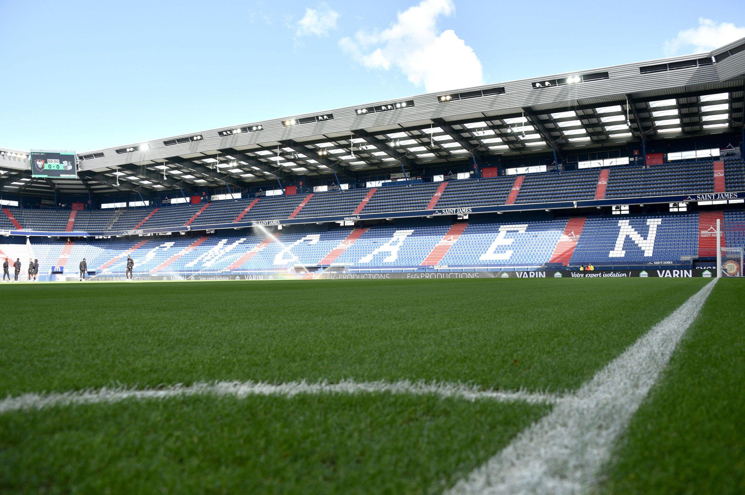 Trois matchs en sept jours à d'Ornano : la pelouse tiendra-t-elle le choc ?