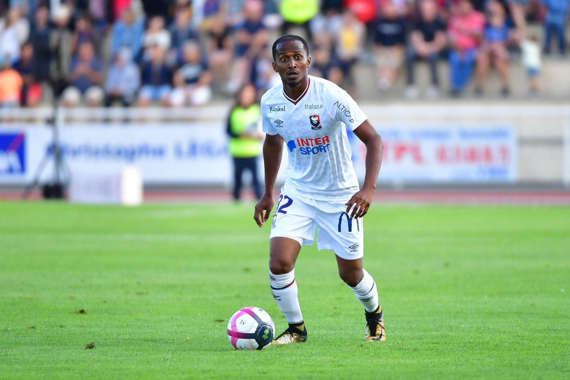 Chaker Alhadhur retrouve un nouveau challenge en Ligue 2 !