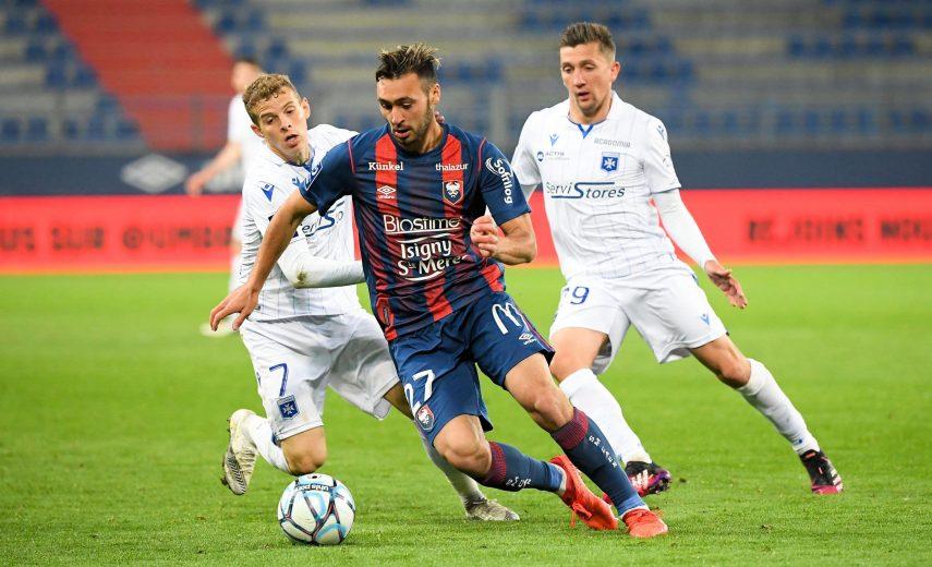 27 AZZEDDINE TOUFIQUI (CAEN) FOOTBALL : Caen vs Auxerre - Ligue 2 BKT - 01/05/2021 FEP/Panoramic PUBLICATIONxNOTxINxFRAx